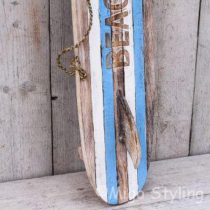 Houten surfplank met vin