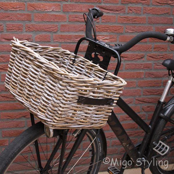 Rieten fietsmand met handgrepen