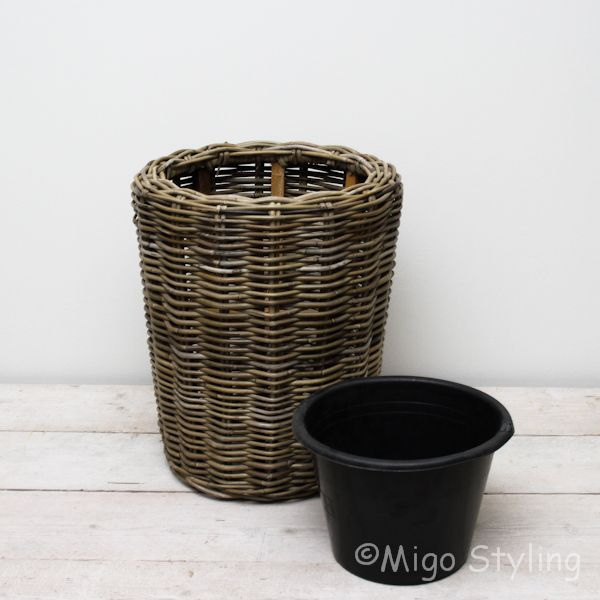 Rotan plantenzuil / pot drypot