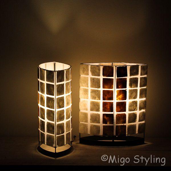 Set tafellampen parelmoer en donker