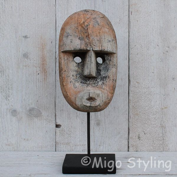 Masker hout op standaard