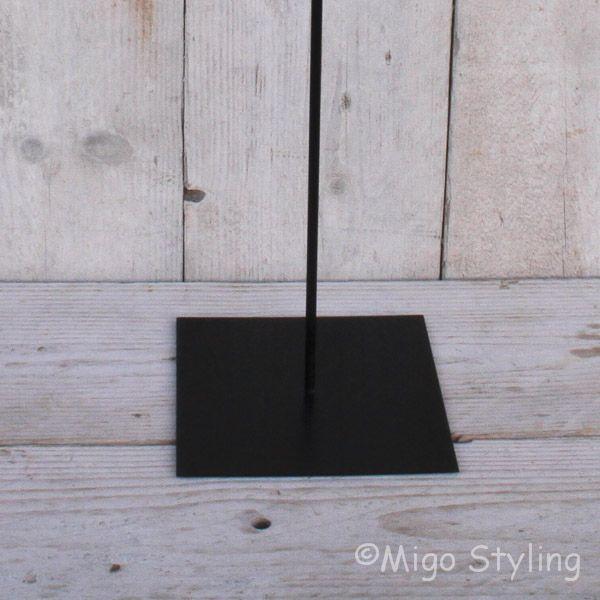 Metalen standaard met pin 60 cm