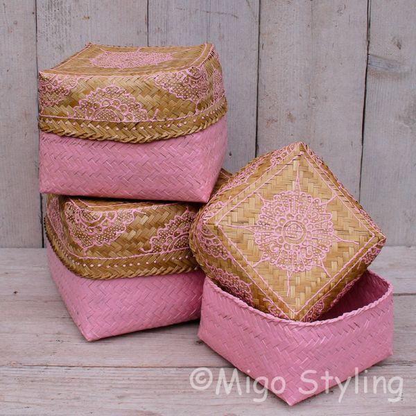Offermandje bamboe roze