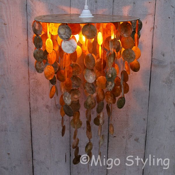 Schelpenlamp hanger in goudkleur